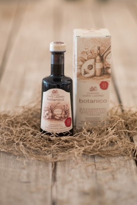 "AGED BALSAMIC VINEGAR ""BOTANICO RED SEAL"" BY DOMAINE COSTA LAZARIDI 250 ml"
