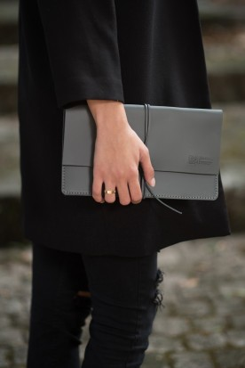 HANDMADE LEATHER GREY CLUTCH