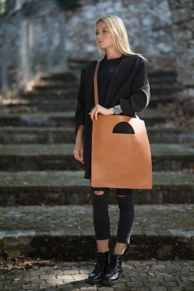 HANDMADE LEATHER COGNAC TOTE BAG